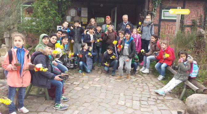 Basisklasse und IVK 3/4 besuchen das Gut Karlshöhe